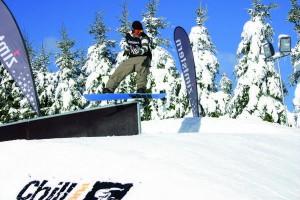 snowboarder-im-funpark-in-der-ferienwelt-winterberg_reference